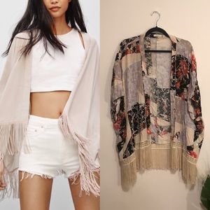 Aritzia talula fawkner blouse sz s/m in floral